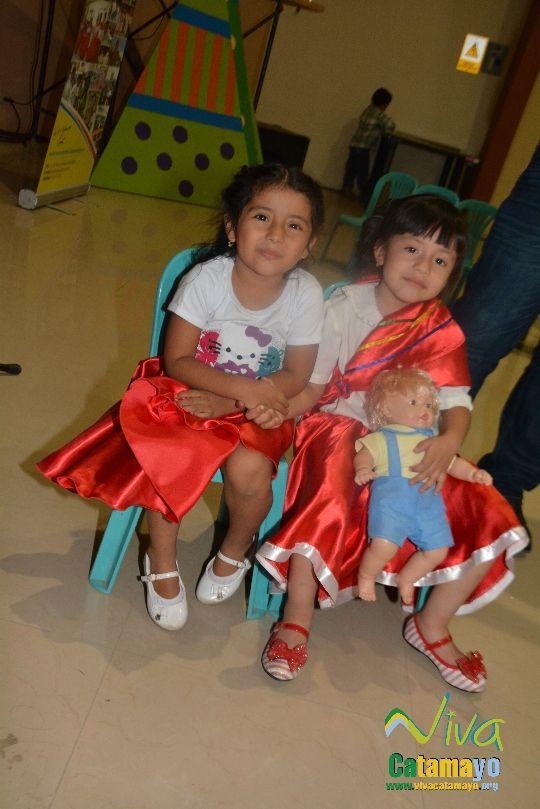 Centro Educativo Pettirosso celebra la Navidad (17)