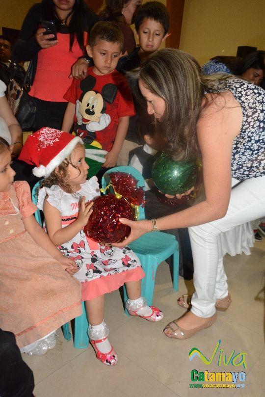Centro Educativo Pettirosso celebra la Navidad (24)