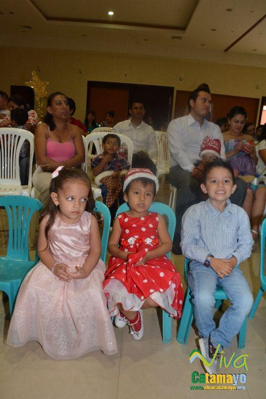 Centro Educativo Pettirosso celebra la Navidad (6)