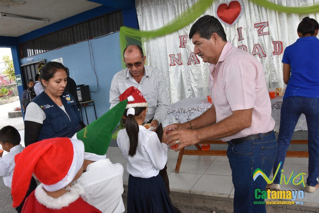 Feliz navidad 2016- Agazajo de Autoridades GADMC (44)