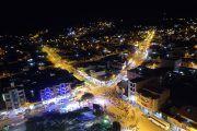 Oficialmente se encendió las luminarias de las avenidas Catamayo e Isidro Ayora