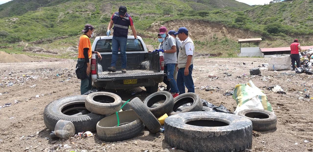 Eliminaron criaderos de zancudos en Catamayo