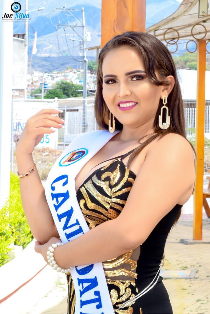 """Joselyn Ivannova Torres Armijos Edad: 15 años Representa al Primer Año de Bachillerato paralelo """"A"""""""